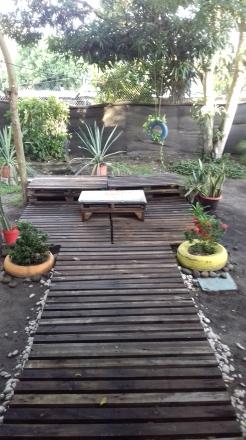 hostal Acuarela's backyard